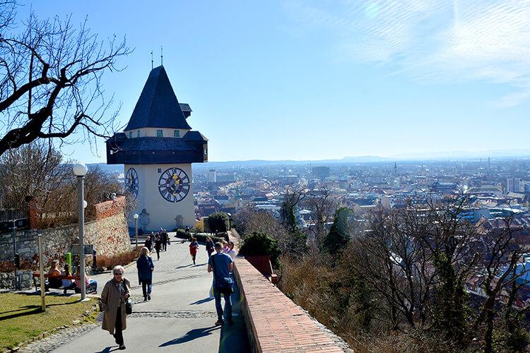 Der Uhrturm am Grazer Schloßberg