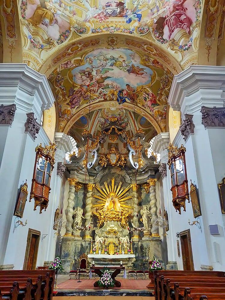 Der Altar der Basilika Mariatrost
