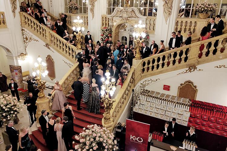 Foyer Oper Graz bei der Opernredoute
