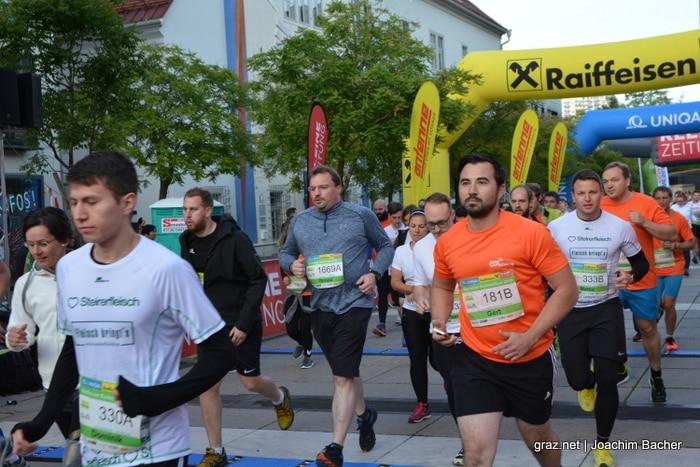 raiffeisen-businesslauf-graz-2019_226