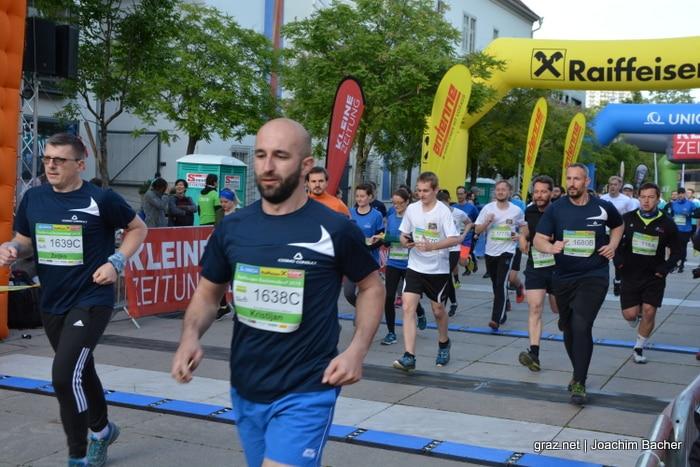 raiffeisen-businesslauf-graz-2019_243