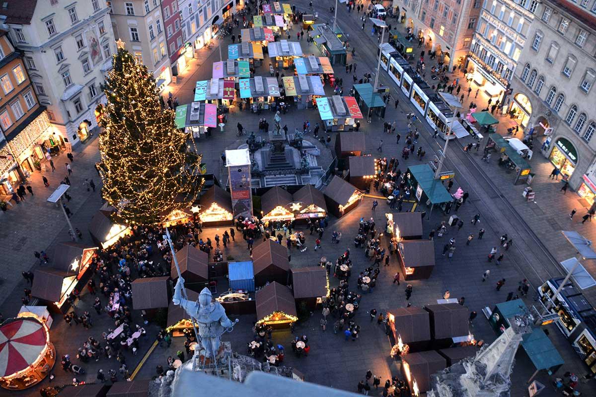 christkindlmarkt-hauptplatz-graz