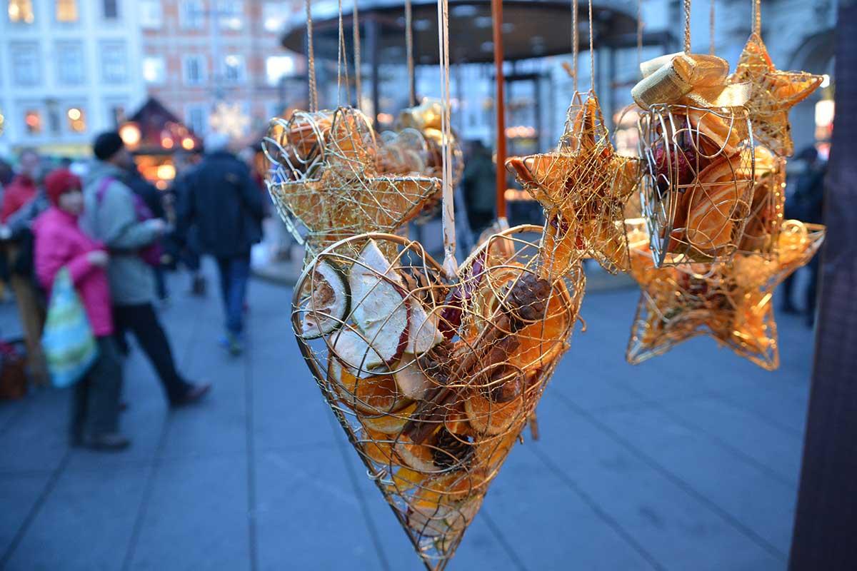 christkindlmarkt-hauptplatz-graz_1