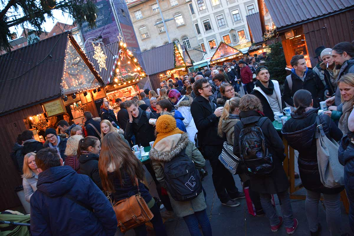 christkindlmarkt-hauptplatz-graz_2