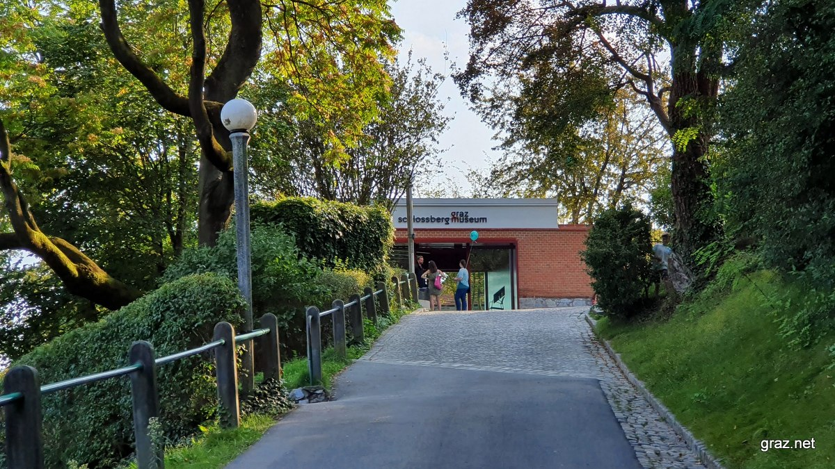 schlossbergmuseum-graz-museum-01