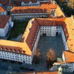 Die Grazer Burg von oben